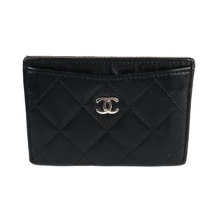 CHANEL Leather Card Holder Wallet
